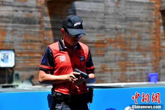 成都特警黑豹突击队亮相世界警察和消防员运动会